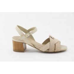 Sandália DESIREÉ sola borracha com flexibilidade, e palmilha extra conforto